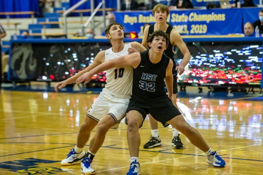 HSE Boys Basketball vs Carmel